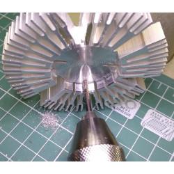 Нарезка резьбы в отверстиях радиатора